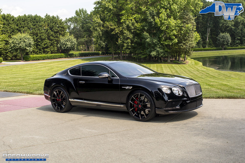 Black-Bentley-Continental-Red-Accents-Dreamworks-Motorsports-11.jpg
