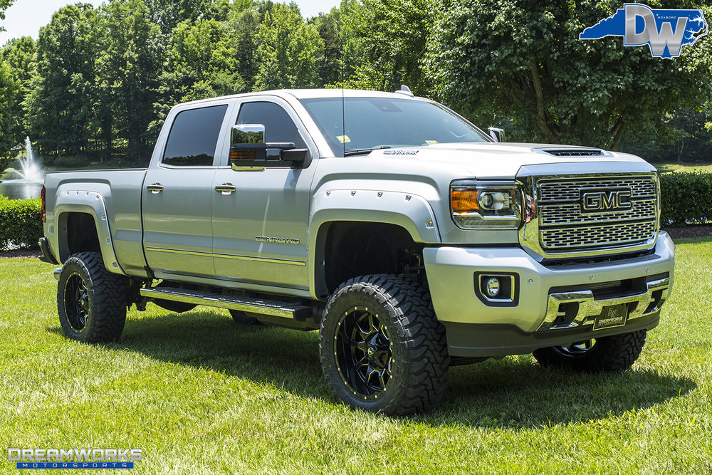 Silver-GMC-Denali-HD-Truck-Dreamworks-Motorsports-10.jpg