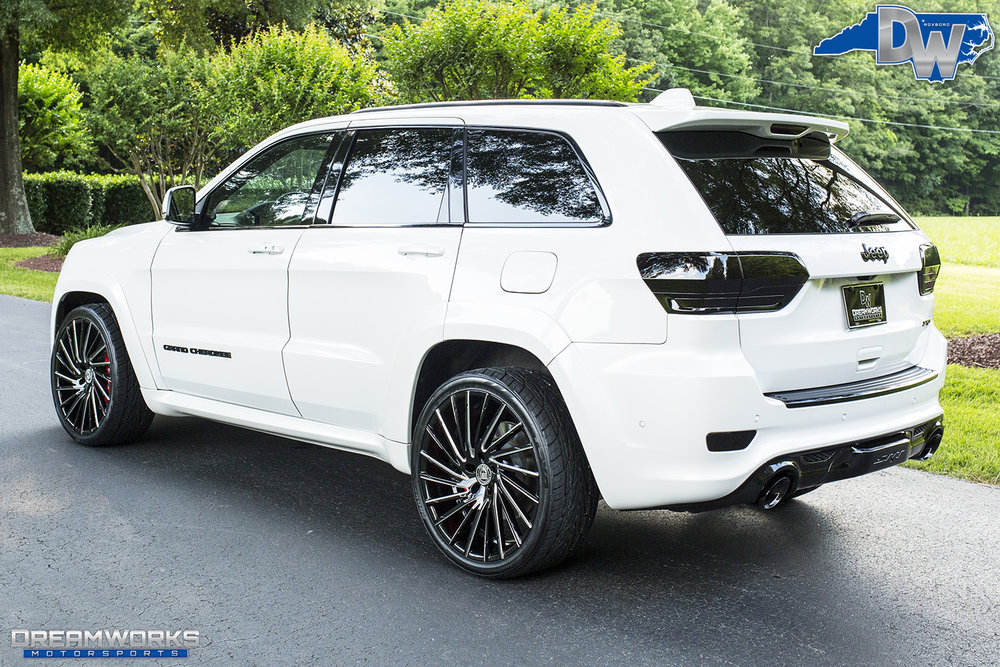 White-Jeep-Grand-Cherokee-Lexani-Dreamworks-Motorsports-6.jpg