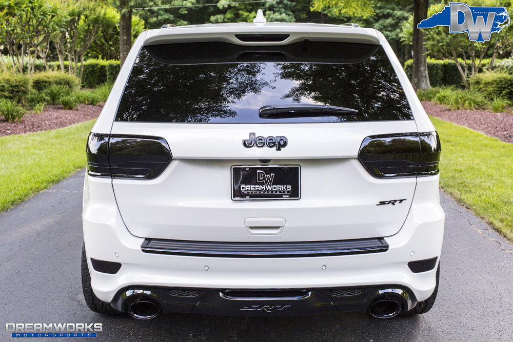 White-Jeep-Grand-Cherokee-Lexani-Dreamworks-Motorsports-8.jpg