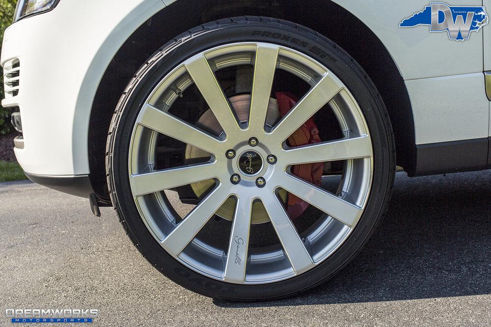 White-Range-Rover-Gianelle-Wheels-Dreamworks-Motorsports-10.jpg