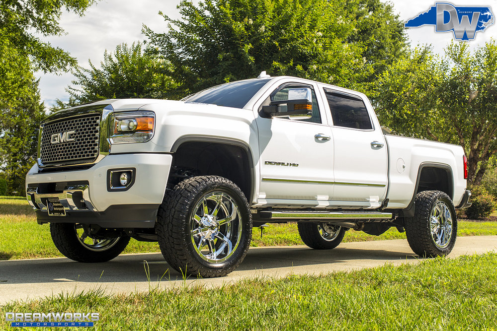 White-GMC-Denali-HD-Truck-Dreamworks-Motorsports-3.jpg