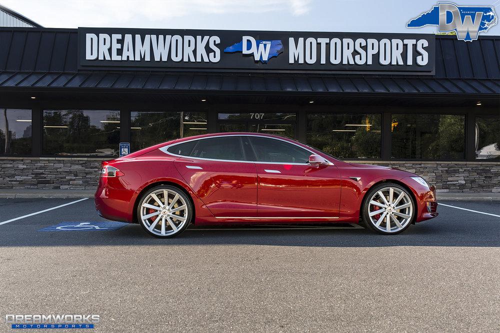 Red-Tesla-Dreamworks-Motorsports-17.jpg