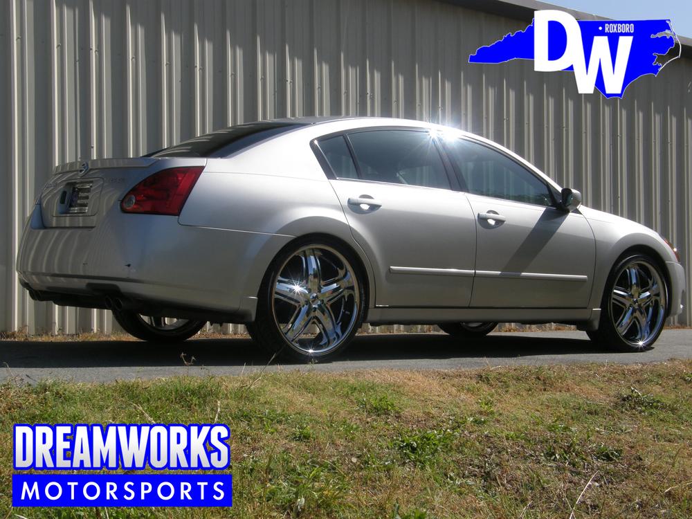 Nissan-Maxima-DUB-Dreamworks-Motorsports-3.jpg