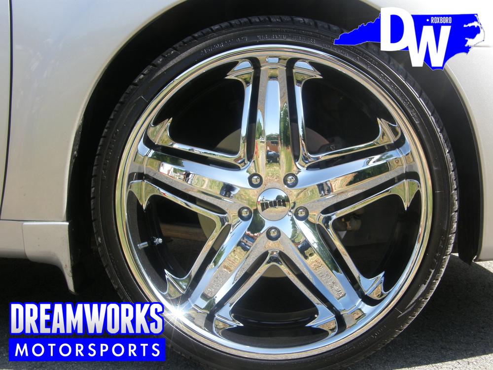 Nissan-Maxima-DUB-Dreamworks-Motorsports-4.jpg