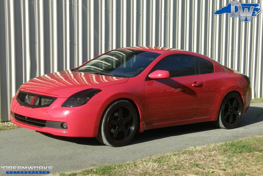 Nissan-Altima-Coupe-Dreamworks-Motorsports-3.jpg