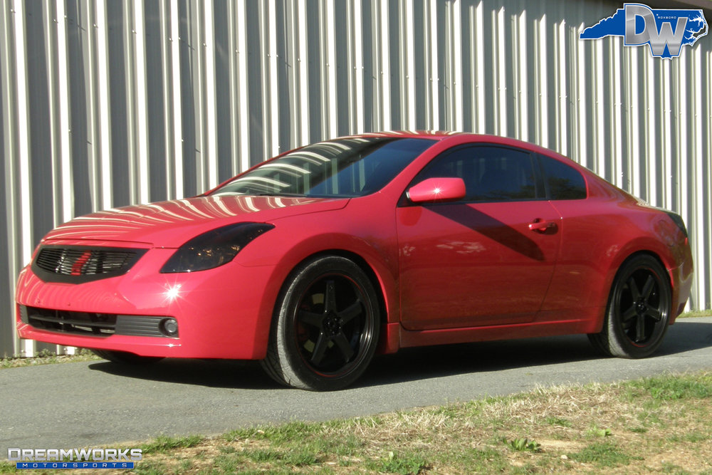 Nissan-Altima-Coupe-Dreamworks-Motorsports-4.jpg