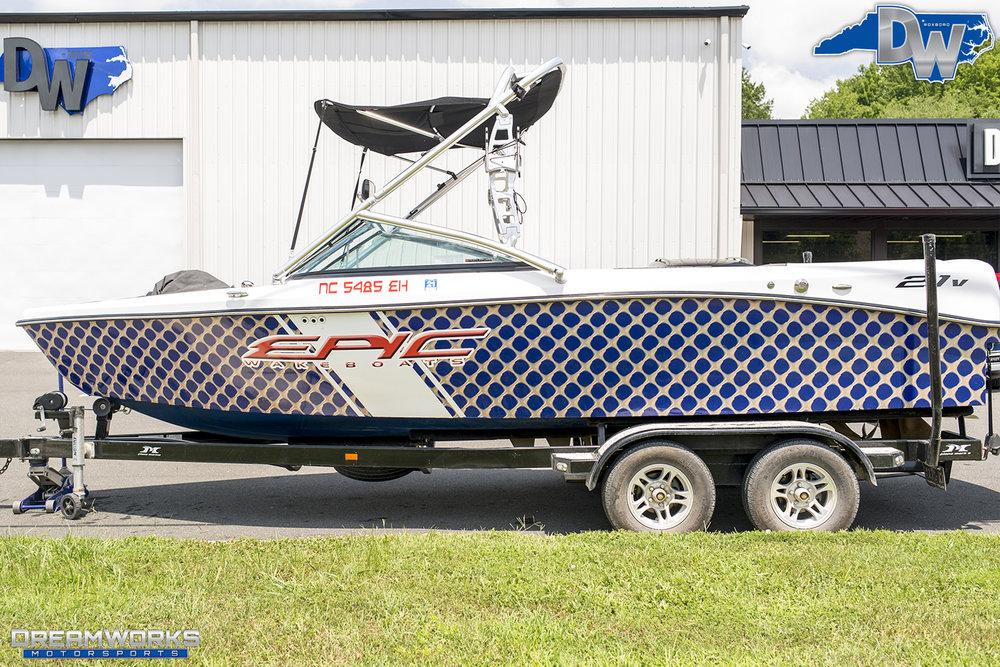 Boat-Epic-Dreamworks-Motorsports-2.jpg