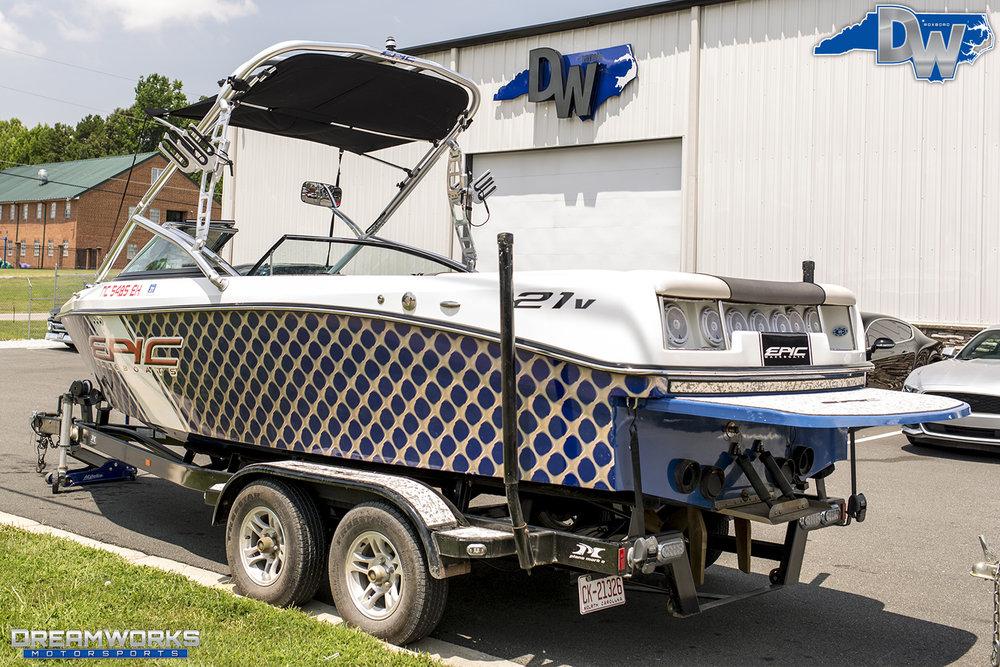 Boat-Epic-Dreamworks-Motorsports-3.jpg