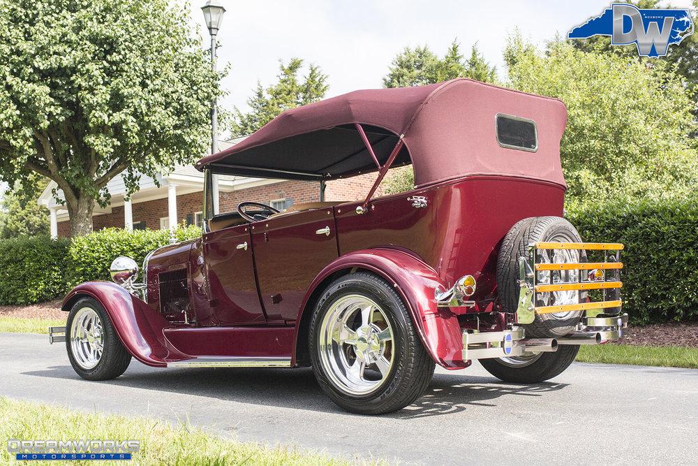 Ford-Phaeton-Dreamworks-Motorsports-12.jpg