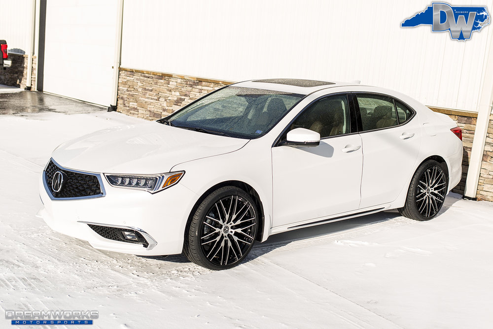 White-Acura-Snow-Dreamworks-Motorsports-1.jpg
