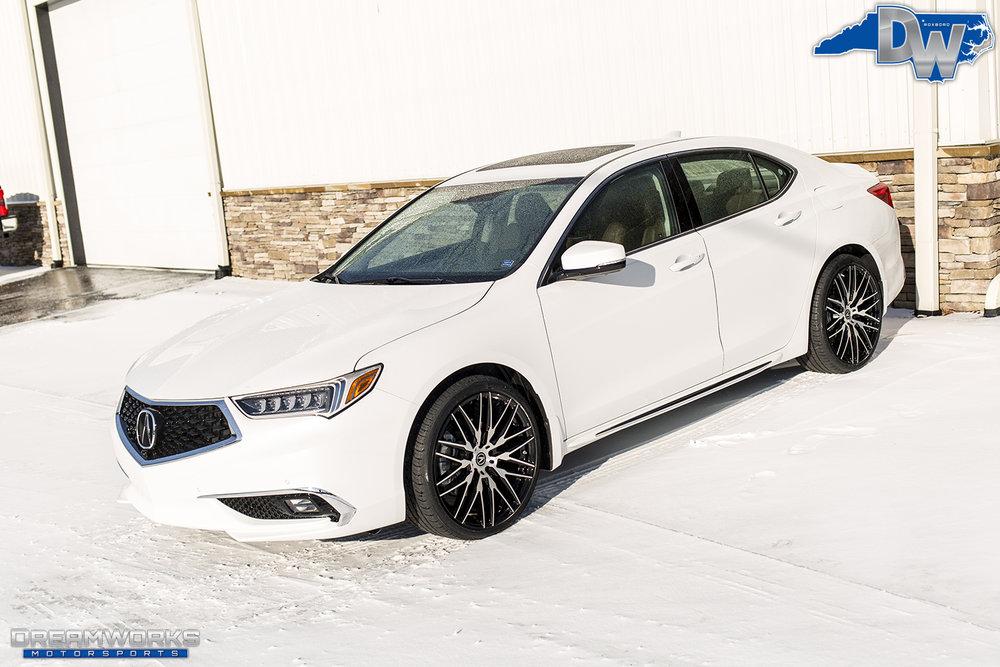White-Acura-Snow-Dreamworks-Motorsports-2.jpg