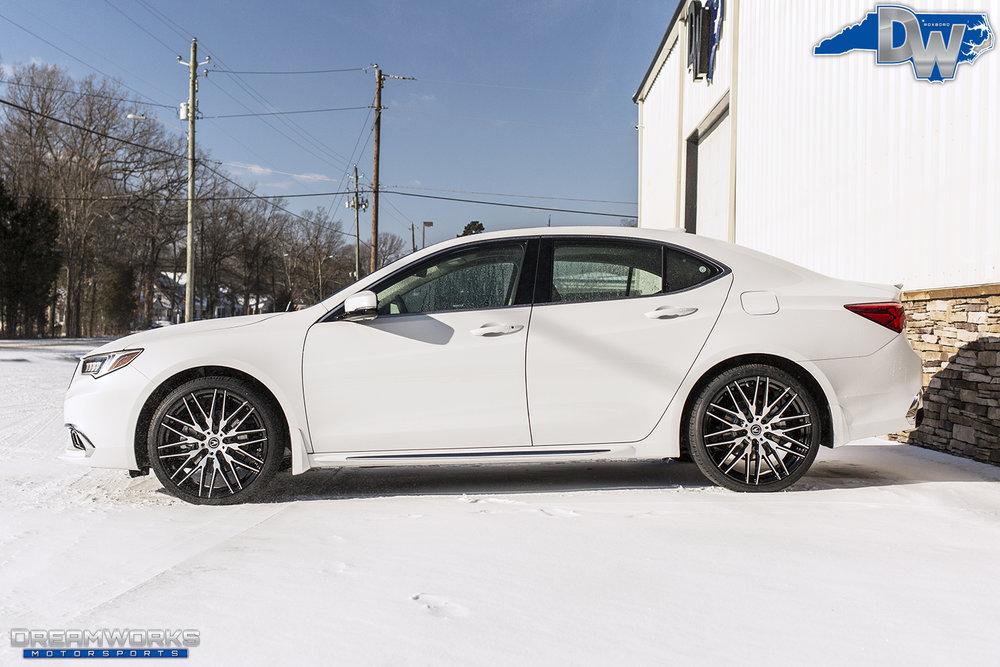 White-Acura-Snow-Dreamworks-Motorsports-4.jpg
