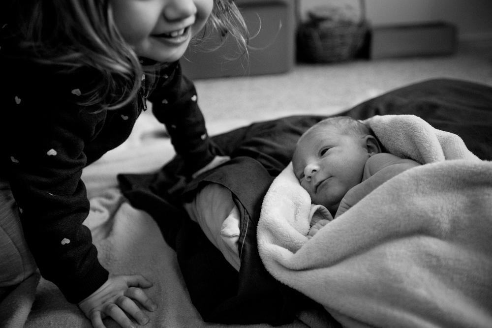 saracannonphoto-victoriabcphotographer-familyphotographer-lifestyle-documentary