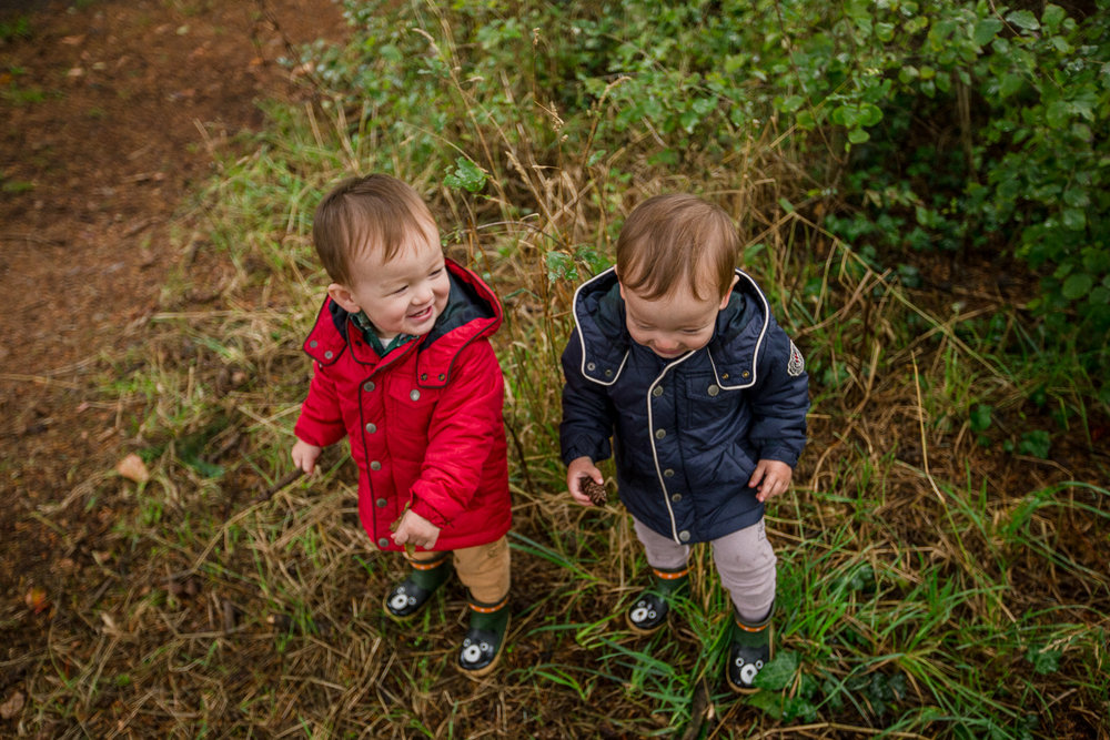 saracannonphoto.victoria.bc.photography.lifestyle.portraits.twins.family-20.jpg