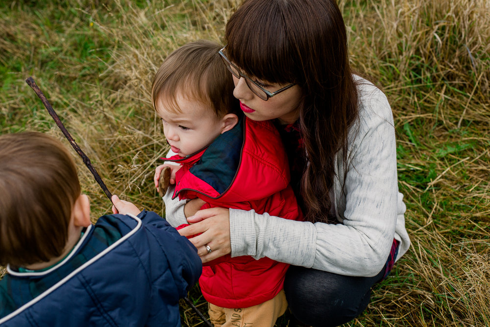 saracannonphoto.victoria.bc.photography.lifestyle.portraits.twins.family-32.jpg