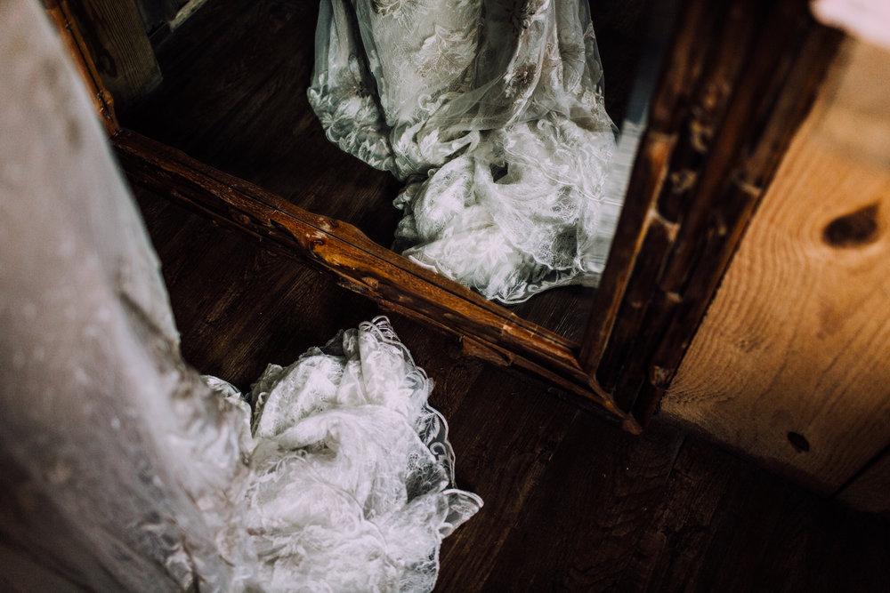 wedding dress mirror reflection