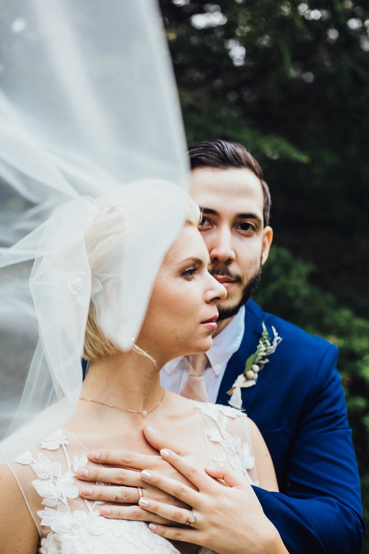 bride and groom portraits veil
