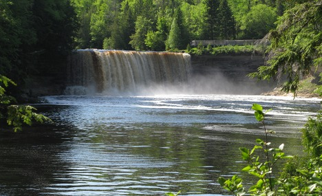 6025482-Upper_Tahquamenon_Falls_Michigan.jpg