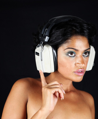sexy-woman-listening-to-headphones.jpg