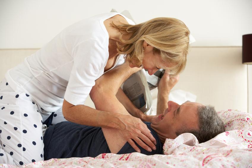 senior-couple-happy-in-bed.jpg