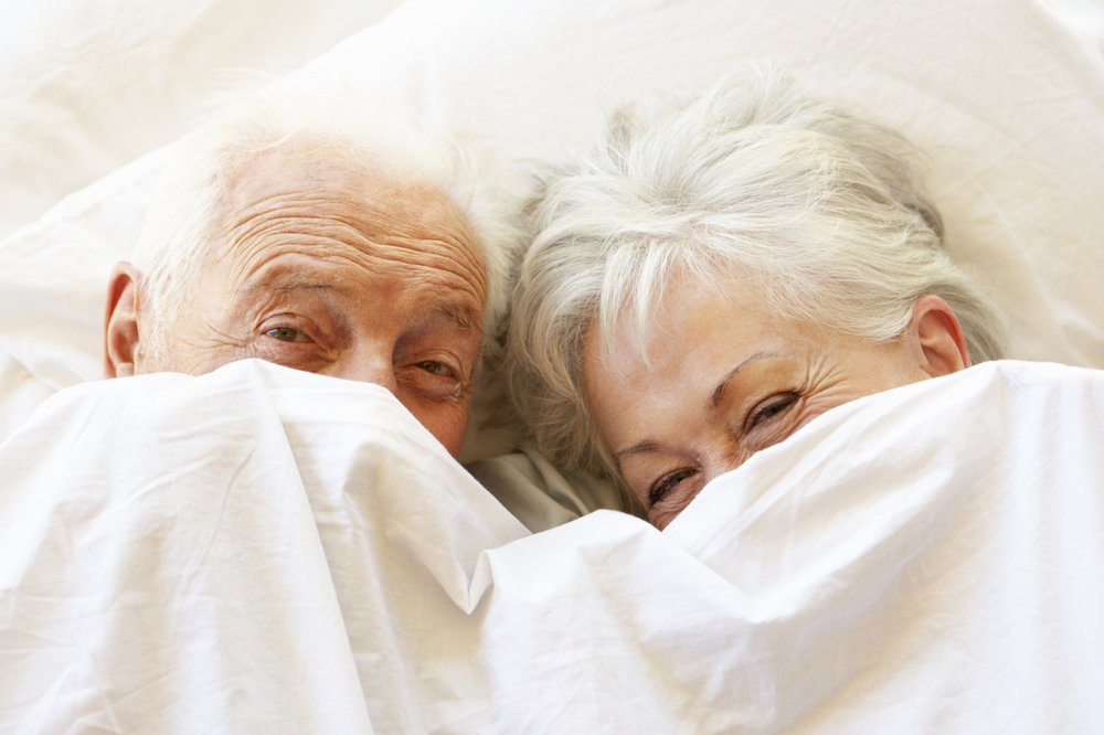 senior-couple-in-bed.jpg