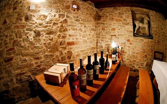 vina-tomic-hvar-bastijana-003-1365458316.jpg