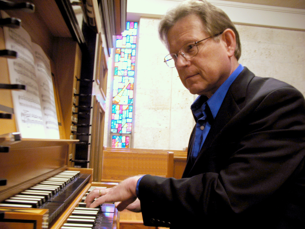 October 24 (8pm) October 25 (4pm) Baroque Organ Concertos with strings featuring La Follia director and organist Keith Womer on the historic 1862 Holbrook Organ at Redeemer Presbyterian Church in Austin