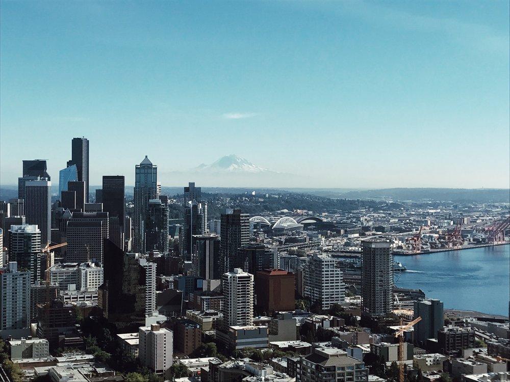 Seattle Space Needle Skyline City View Mt. Rainier