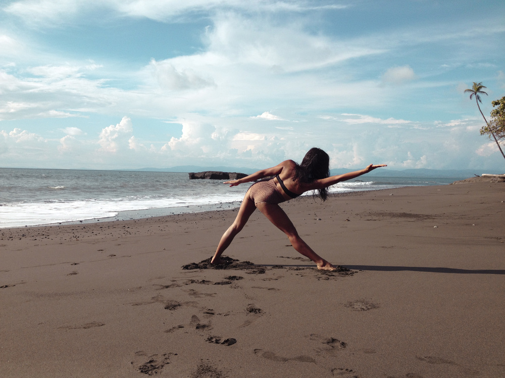 Beach Yoga8.jpg