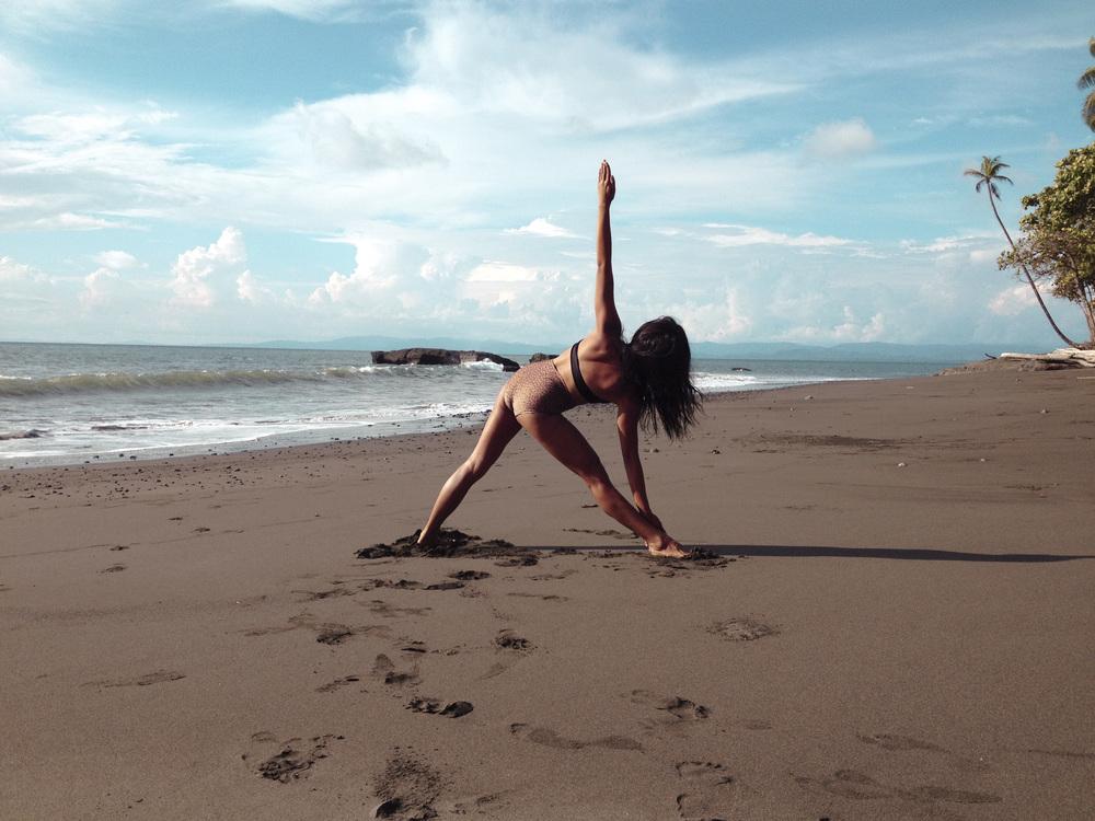 Beach Yoga9.jpg
