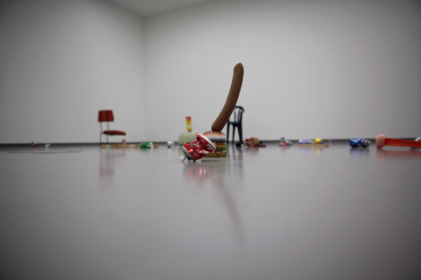 Stuart Ringholt, Low Sculpture, 2008 (detail) Courtesy the artist and Milani Gallery, Brisbane Photo: Maura Edmond