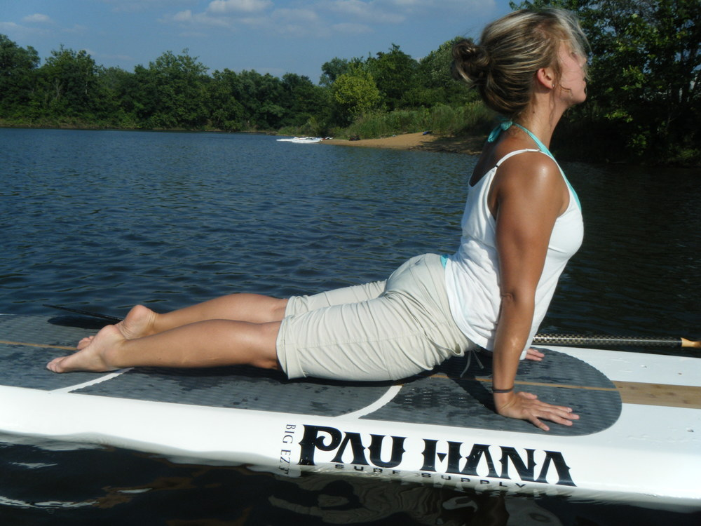 SUP Yoga (Stand Up Paddleboard Yoga)