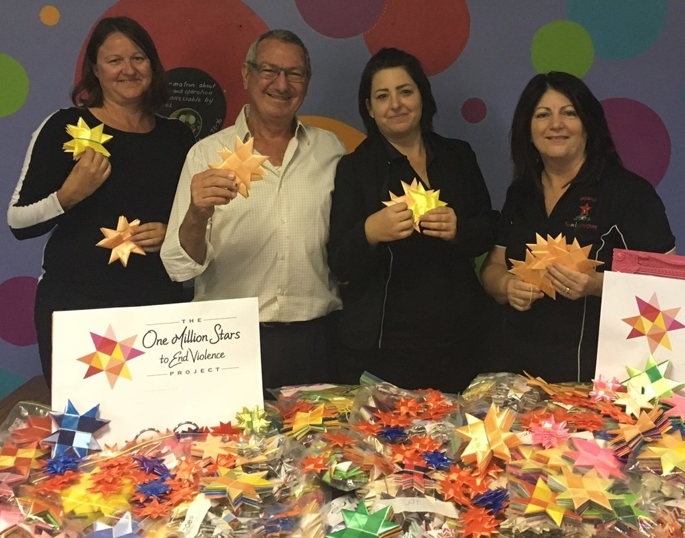 Charlie Pisasale - Local Councillor for Ipswich - came to see all the amazing stars that our Star weaving community  have been busily making. We are currently up to 7100 stars with 2900 to go for us to fulfill our 10,000 pledge. These stars represent love, light and a world free of violence.  We are passionate advocates for all children and families. We are committed to taking a stand against violence and actively advocate this message in our community. If you would like to join us please send through a message on the contact us tab and we will get back to you . These stars will be part of an art installation at the 2018 commonwealth games .