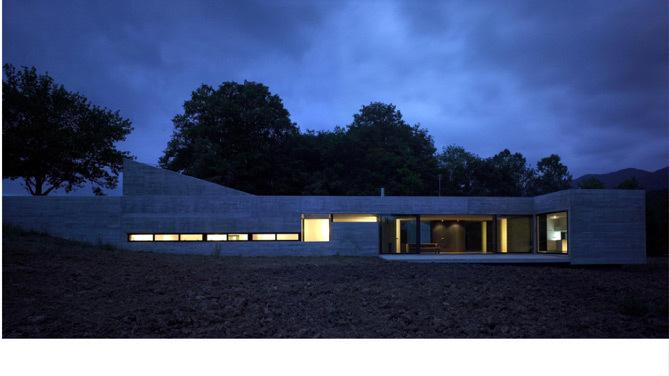 homedesigning: Casa Bianna.   Blue Ant Studio