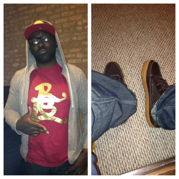 In that #rsl gold w/ Nikes #ChristmasFits lol