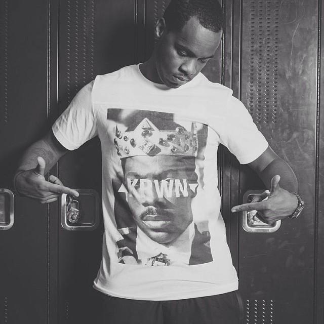 Decided to leak a photo from the look book #KRWN shot by @nhophotos ft @turancornell #fashion #blackfriday #rsl #roadscholarlifestyle #scholar #streetwear #comingtoamerica #princehakeem #blackfridayRSL