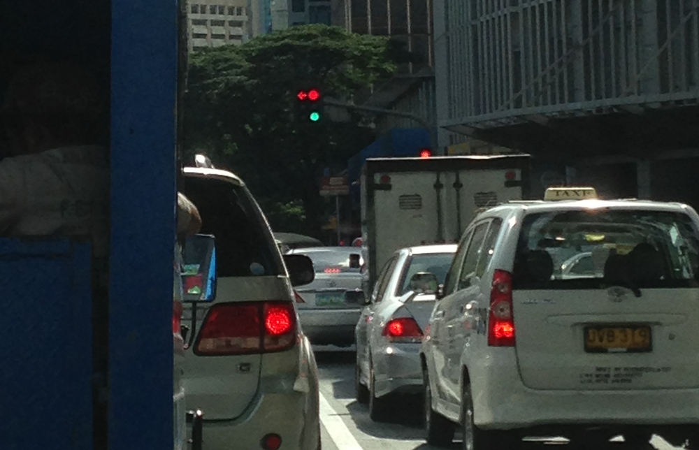 Traffic lights: More Fun in the Philippines!