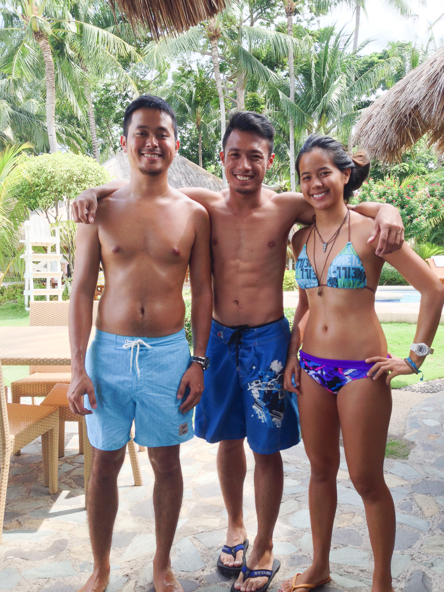 Enjoying Dumaguete with my hosts and friends Gabby and Carmen Del Prado