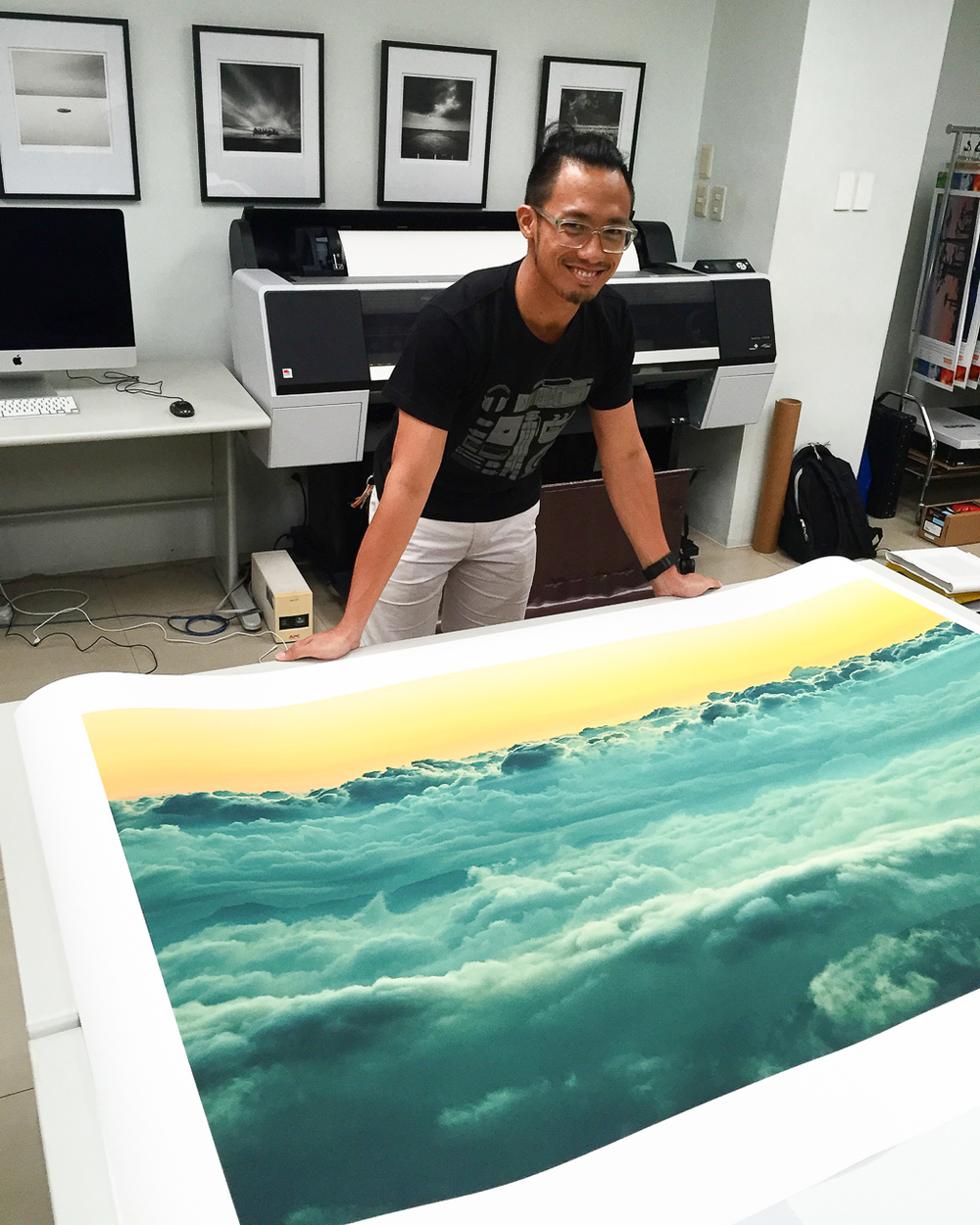 "Inspecting a 40x60in print of ""Distant Oceans"" on Tecco PFR295 at Redlab"