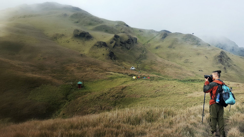 Shooting the summit of Mt. Pulag from Saddle Camp. Photo: Tania Reynoso