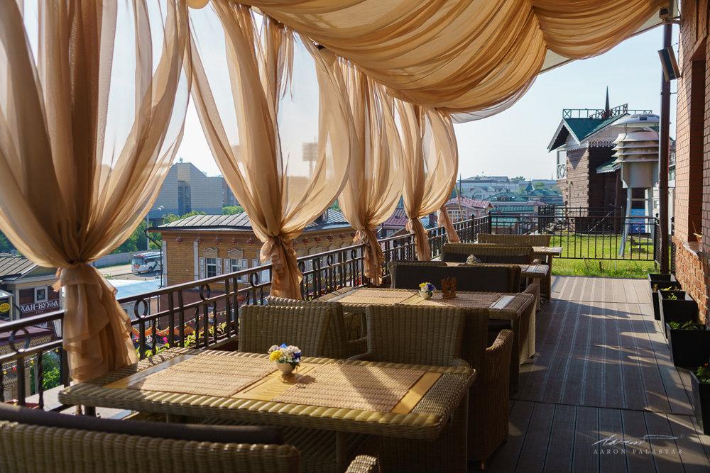 Restaurant Misha deck