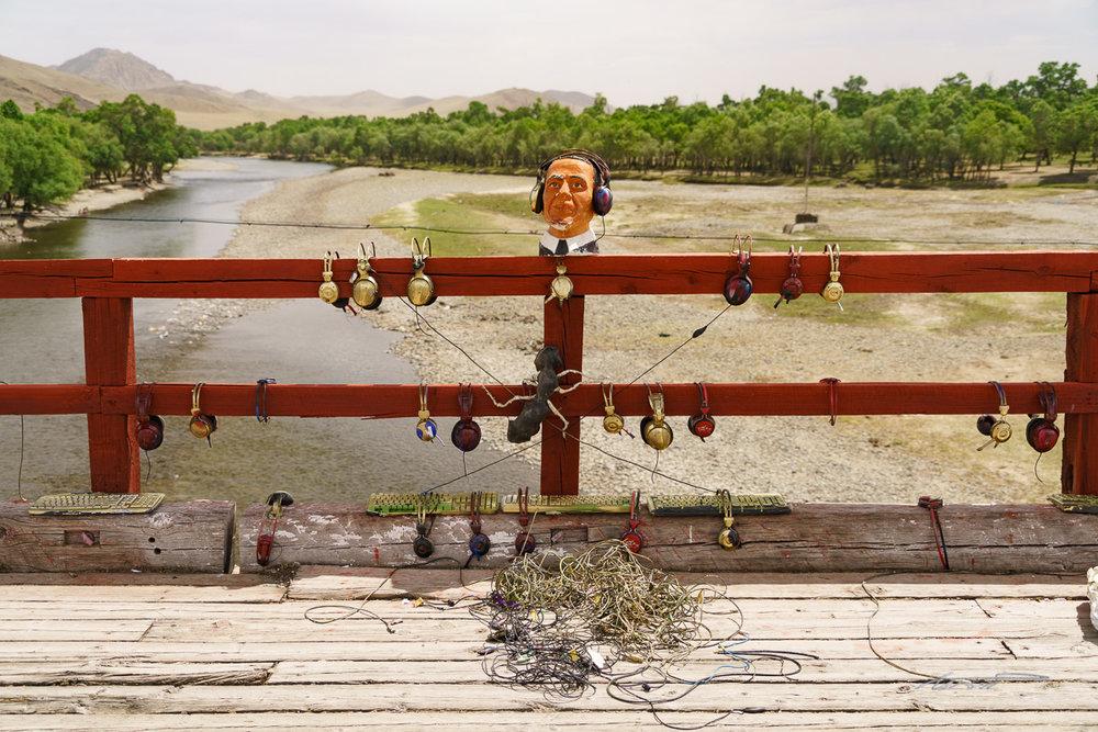 A bizarre art installation on the bridge