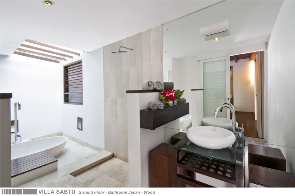 36-VILLA SABTU - GROUND FLOOR - BATHROOM JAPAN - WOOD.jpg