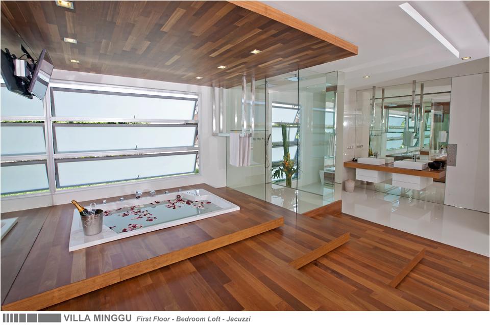 25-VILLA MINGGU - FIRST FLOOR - BATHROOM LOFT - JACUZZI.jpg