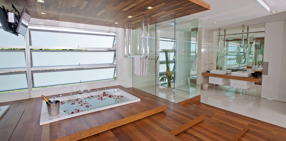 25-VILLA-MINGGU---FIRST-FLOOR---BATHROOM-LOFT---JACUZZI.jpg