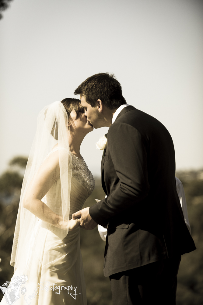 melbourne wedding photographer relaxed natural-11.jpg