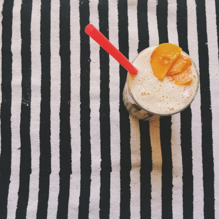 Annina Berweger Aprikosen Bananen Smoothie