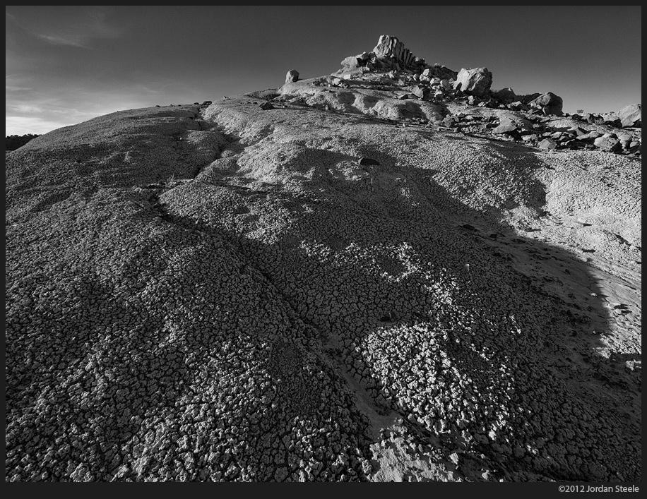 ojito_mound.jpg