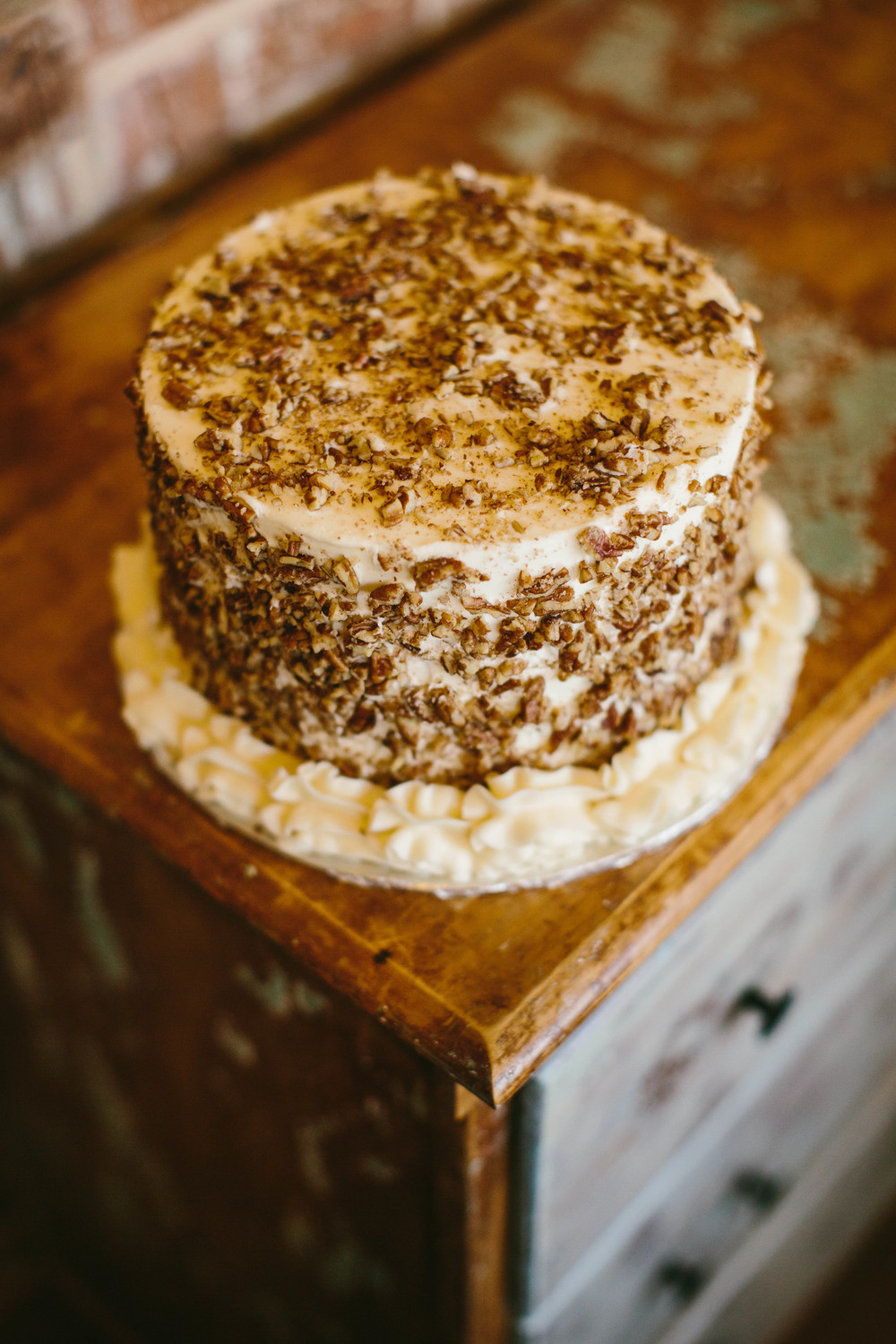 sugarbeesweets-nutty-cake2.jpg
